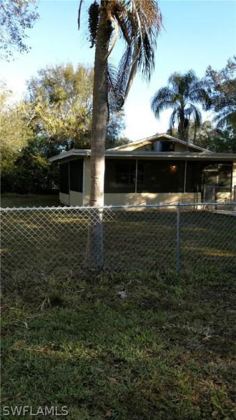 2195 Brown ST, Fort Myers, FL 33916