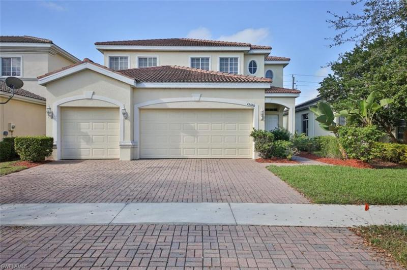 9320 Paseo De Valencia ST, Fort Myers, FL 33908