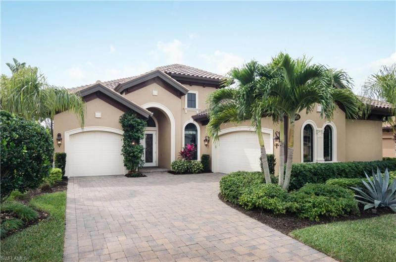 Photo of Olde Cypress 7308 Lantana in Naples, FL 34119 MLS 217020939
