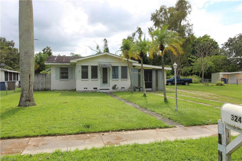 337  Buena Vista BLVD, Fort Myers, FL 33905-