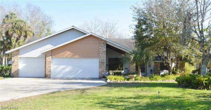 311  Caloosa Estates,  Labelle, FL