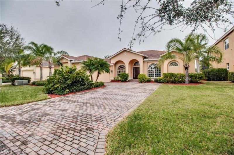 COLONIAL SHORES Fort Myers