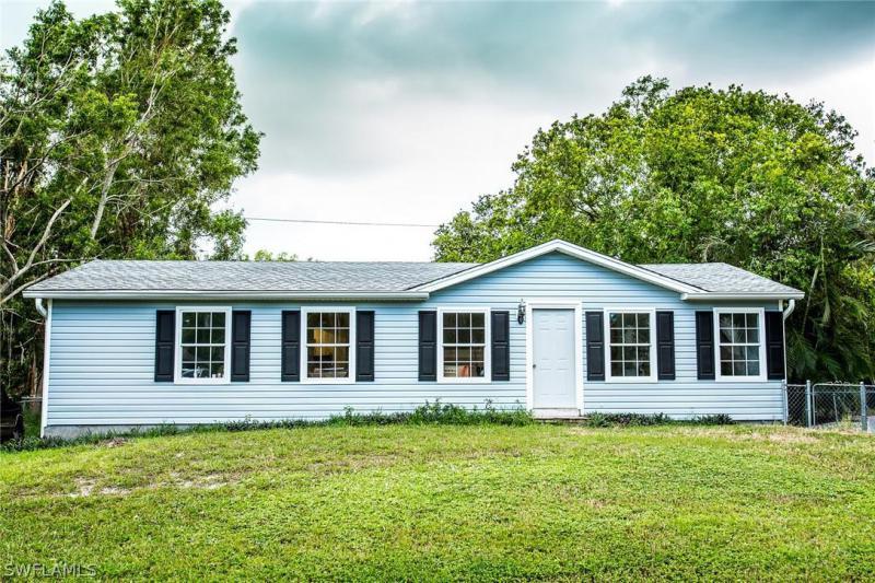 5527  Henley ST, Bokeelia, FL 33922-