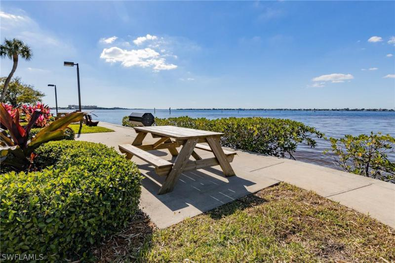 9900 Sunset Cove 114, Fort Myers, FL, 33919