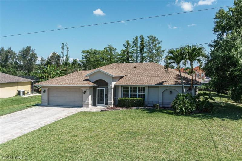 Dabney, Fort Myers in Lee County, FL 33966 Home for Sale