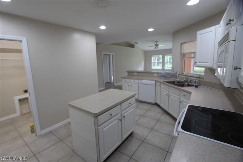 610 Roosevelt, Lehigh Acres, FL, 33936