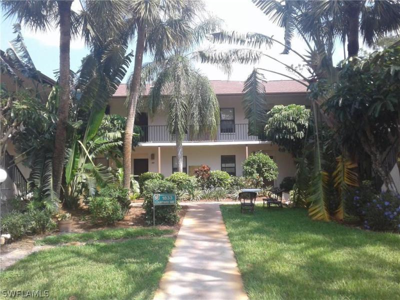 Photo of Kings Lake 1833 Courtyard in Naples, FL 34112 MLS 217060273
