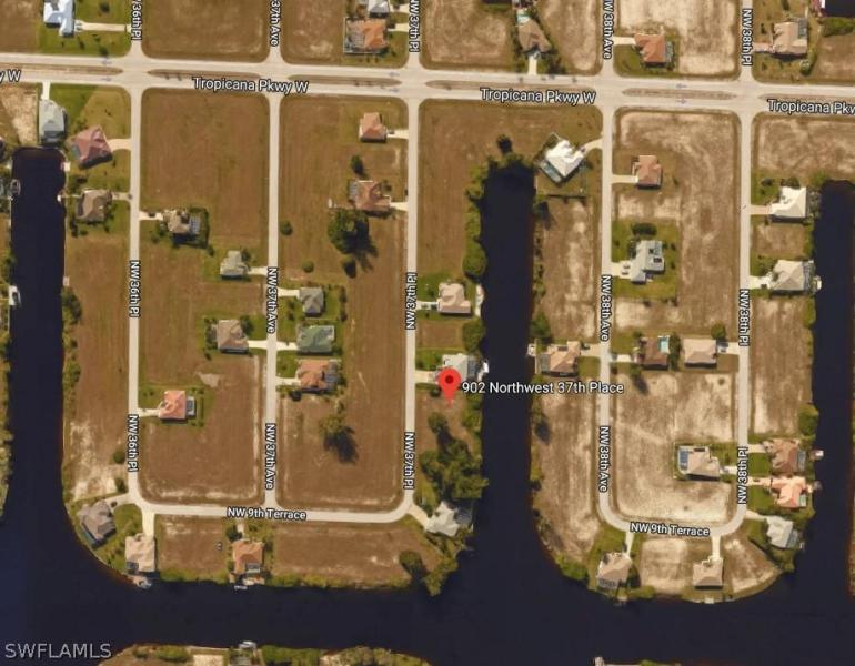 902 Nw 37th Place, Cape Coral, Fl 33993