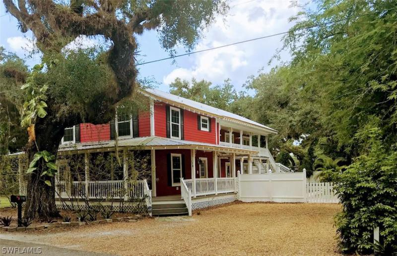 178  Campbell,  Labelle, FL
