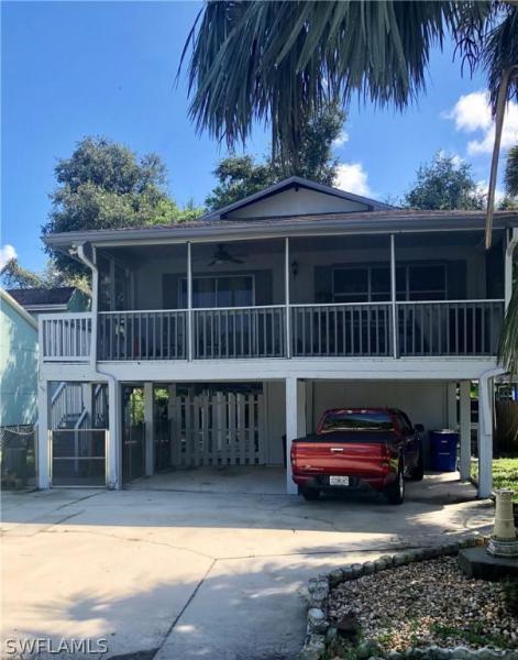 11616  Mckenna AVE, Bonita Springs, FL 34135-