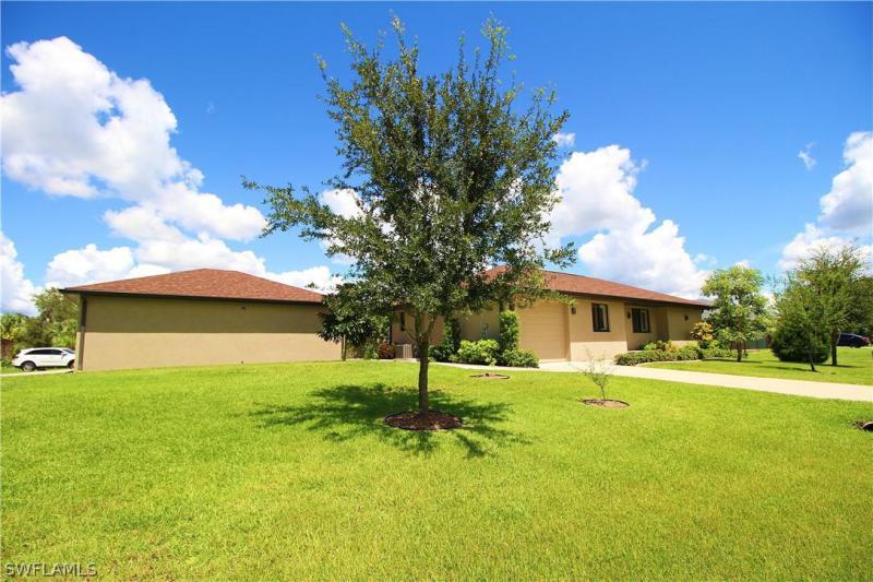 1205  Pine,  Port Charlotte, FL