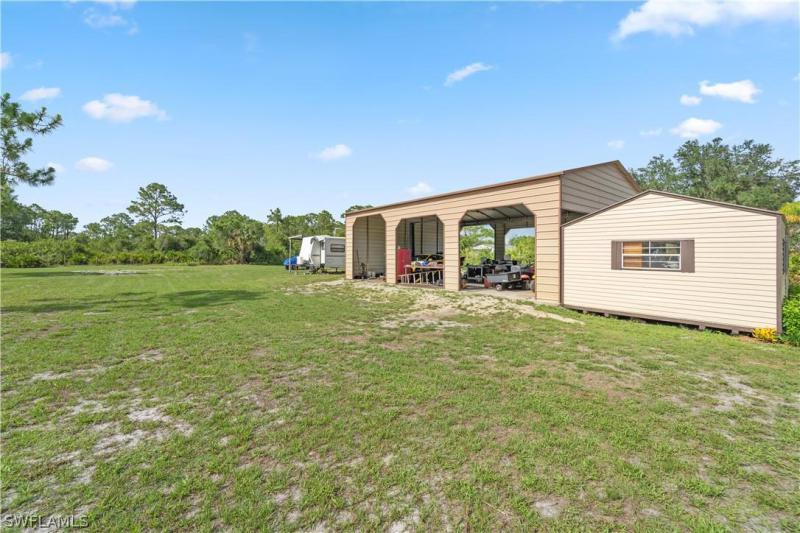 17851 Oak Creek Rd, Alva, Fl 33920