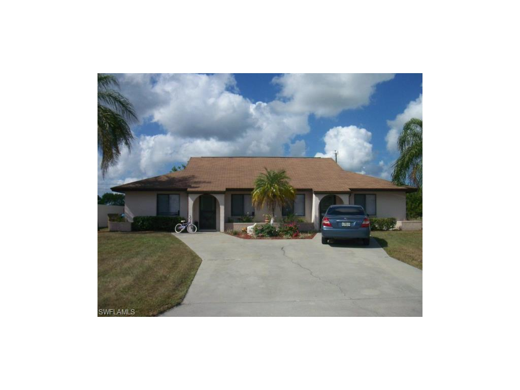 636 SE 13th PL, Cape Coral, FL 33990-