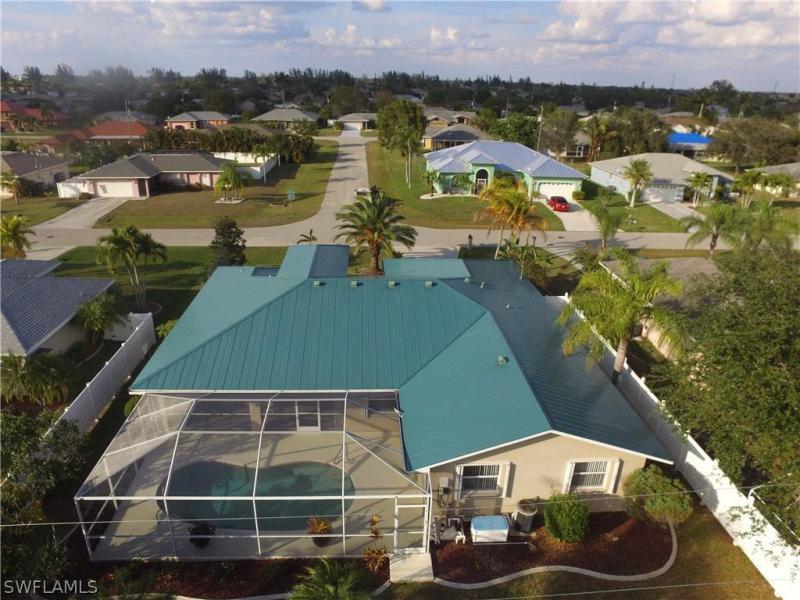 320 SE 19th,  Cape Coral, FL