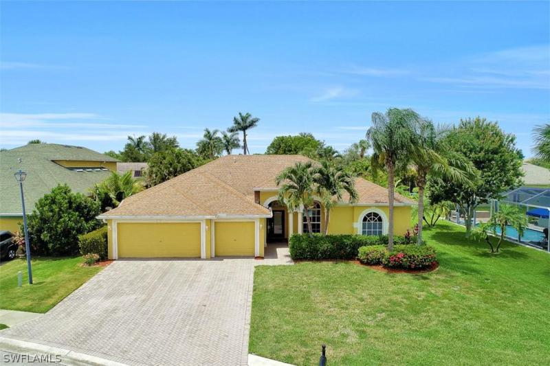 14554  Calusa Palms DR, Fort Myers, FL 33919-