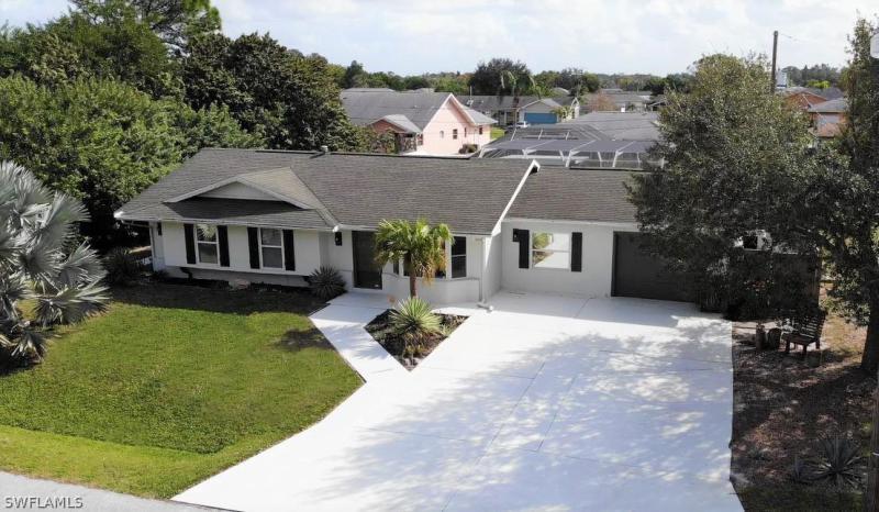 923 NW Linnaen,  Port Charlotte, FL