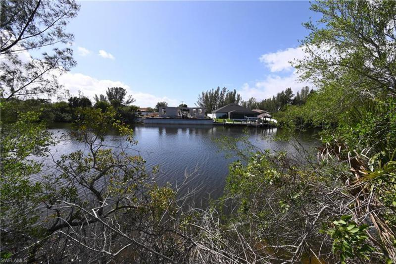 4226 NW 21st,  CAPE CORAL, FL