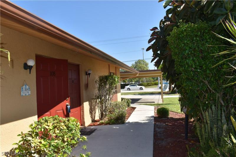 4958 - 1  Viceroy ST, Cape Coral, FL 33904-