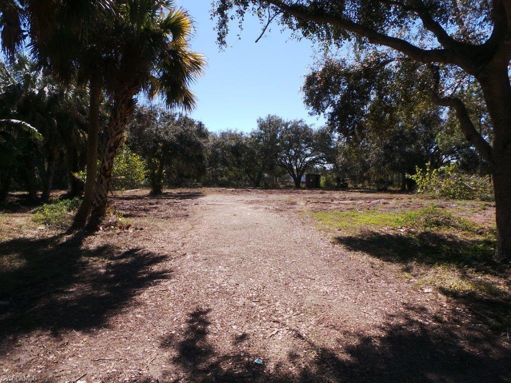 1847  Henderson AVE, Fort Myers, FL 33916-