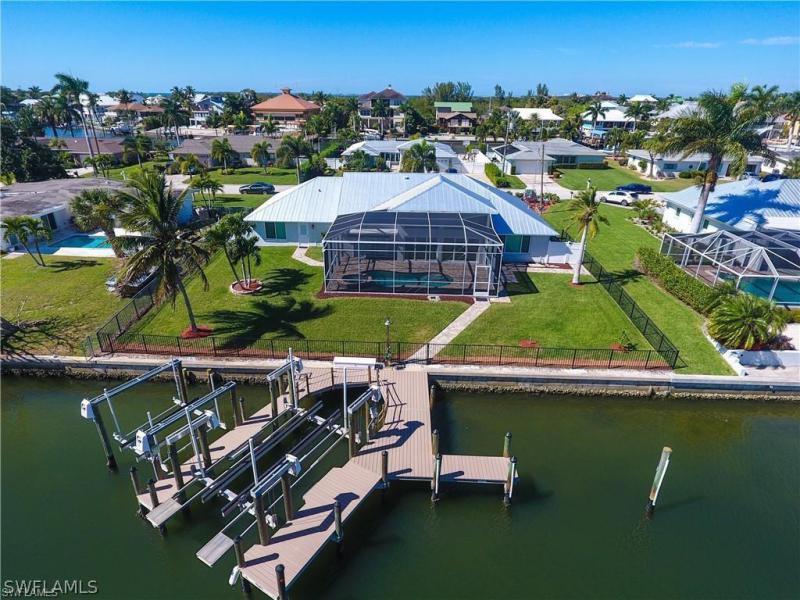 925  Estero Blvd , Fort Myers Beach, FL 33931-