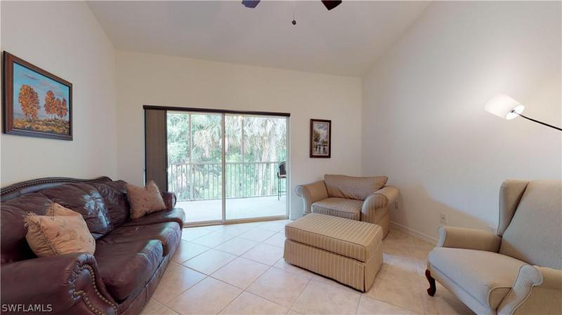 1107 Winding Pines Cir #201, Cape Coral, Fl 33909