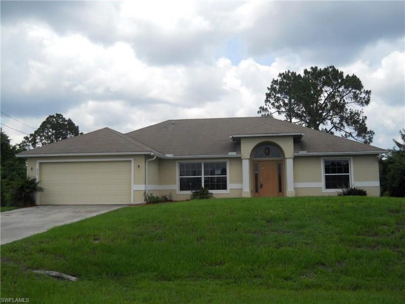 903 Grant BLVD Lehigh Acres, FL 33974 photo 1