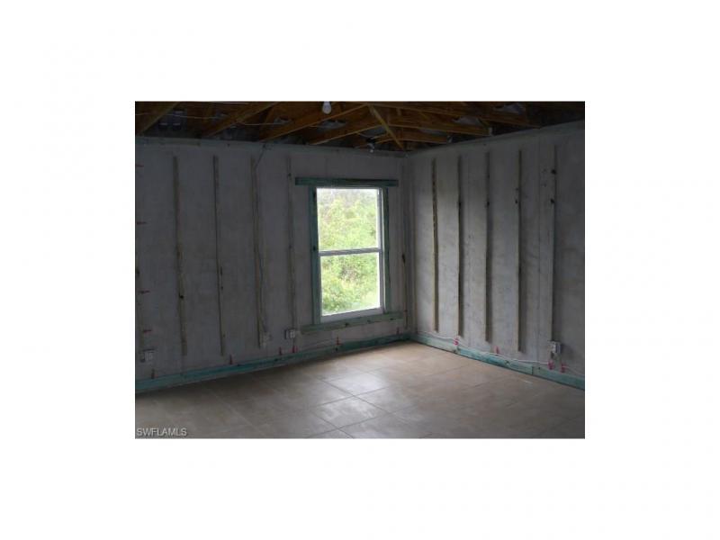 903 Grant BLVD Lehigh Acres, FL 33974 photo 11
