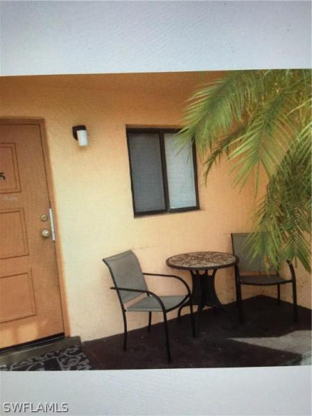 2650  Park Windsor DR Unit 106, Fort Myers, FL 33901-