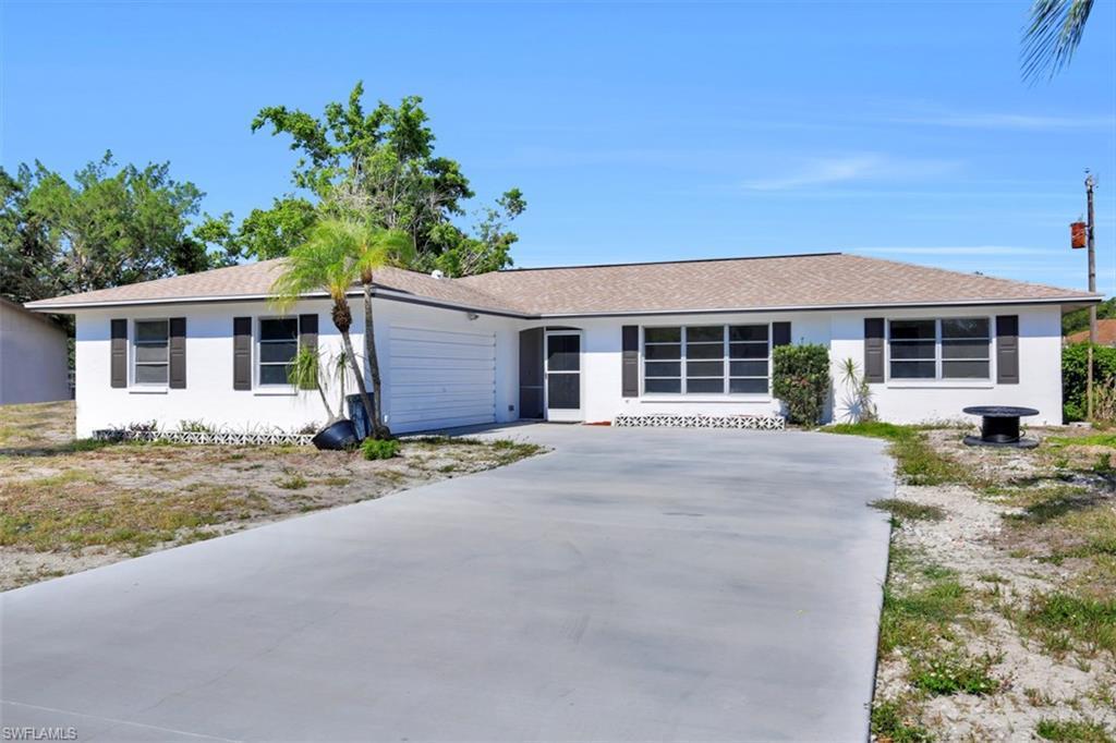 17424  Delaware RD, Fort Myers, FL 33967-