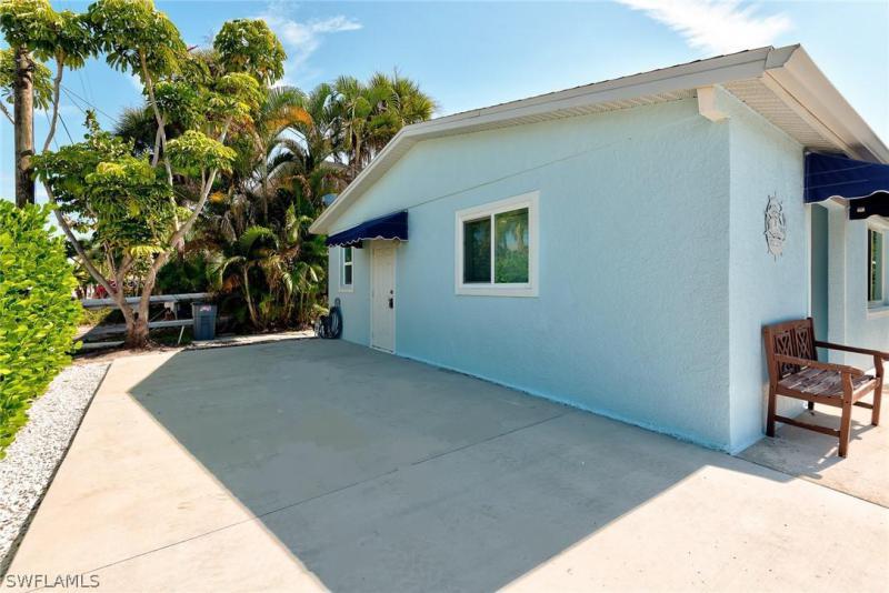 2781 Geary, Matlacha, FL, 33993