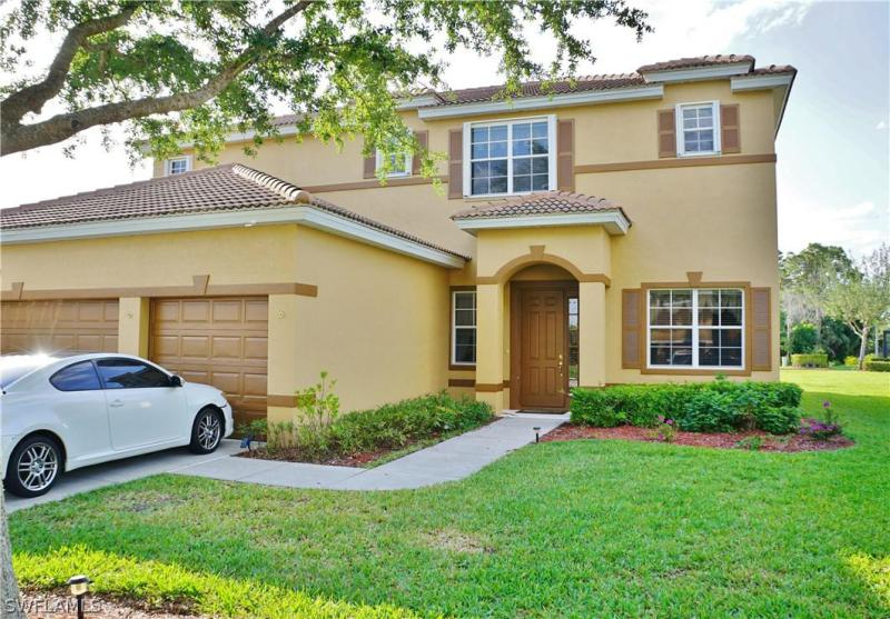 1376  Weeping Willow CT, Cape Coral, FL 33909-