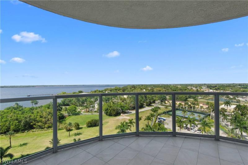3000 Oasis Grand 1107, Fort Myers, FL, 33916