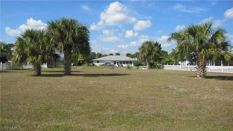 6101 Anchorline, North Fort Myers, FL, 33917