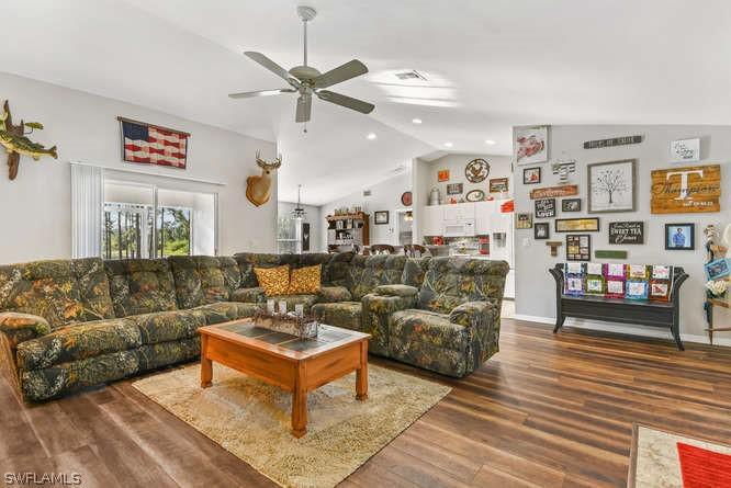 2025 Grayson, Alva, FL, 33920