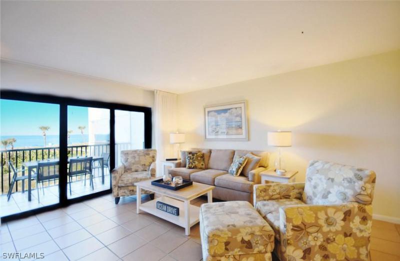 Beach Villas, Captiva in Lee County, FL 33924 Home for Sale