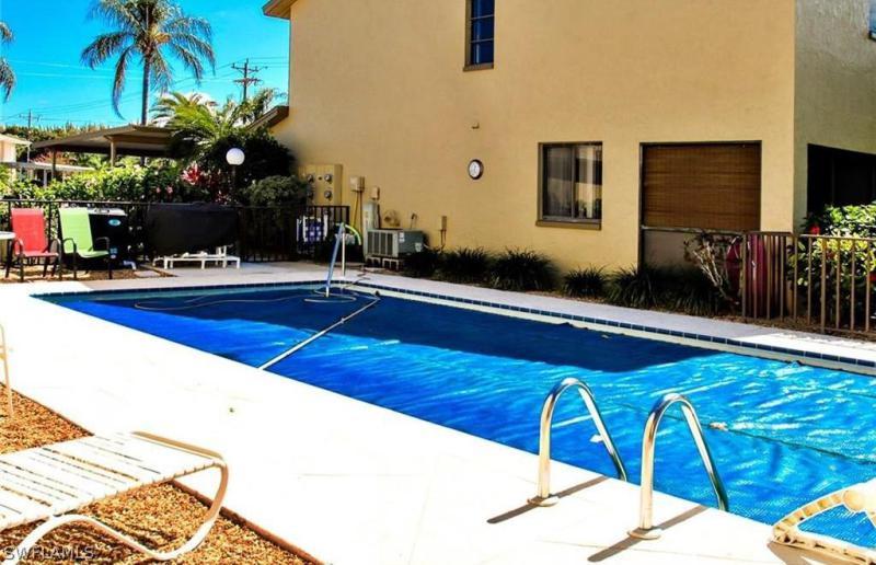 For Sale in RIVER VIEW VILLAS Cape Coral FL