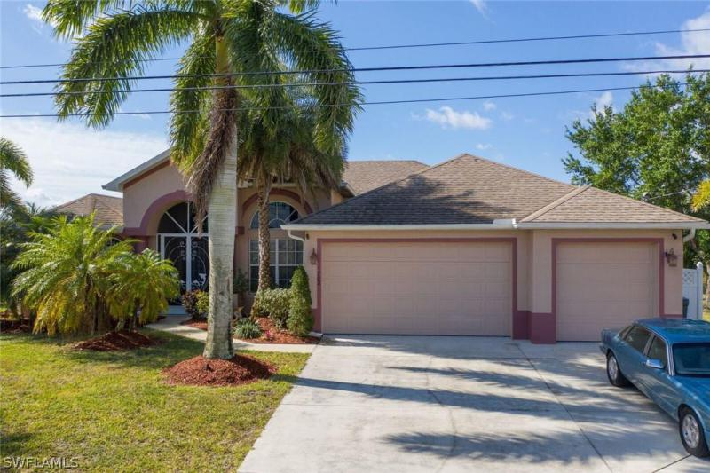 1702 Nw 2nd Ter, Cape Coral, Fl 33993