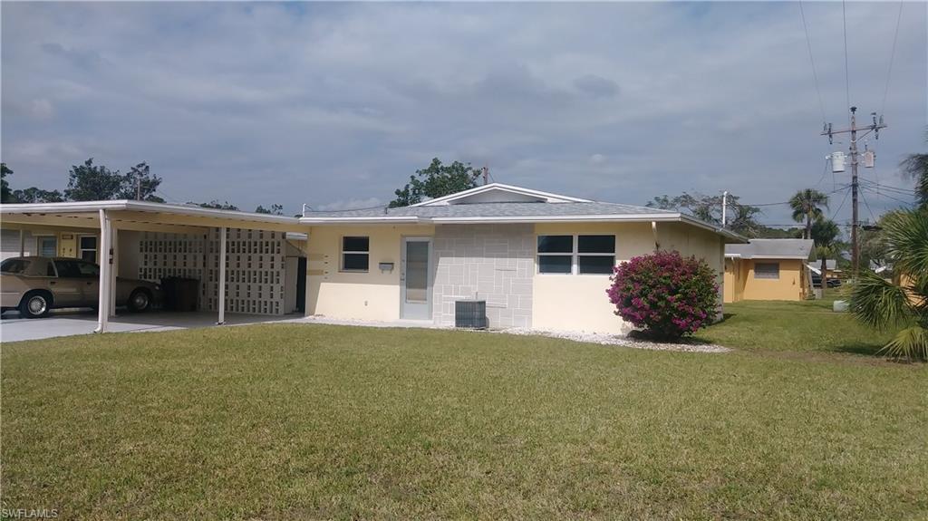 2209  Gladiola,  Lehigh Acres, FL