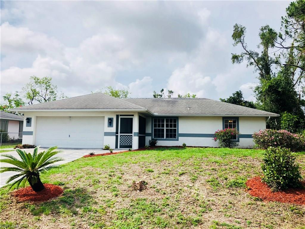 18461  Pioneer RD, Fort Myers, FL 33908-