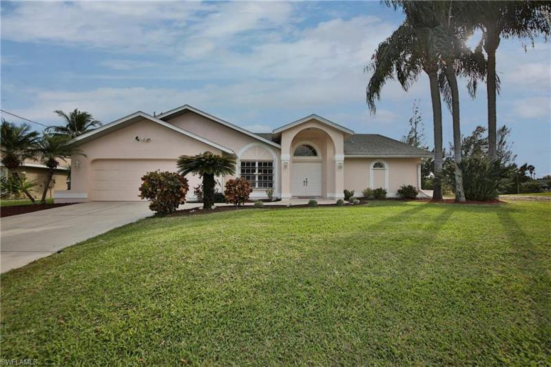 1714 SE 6th,  Cape Coral, FL