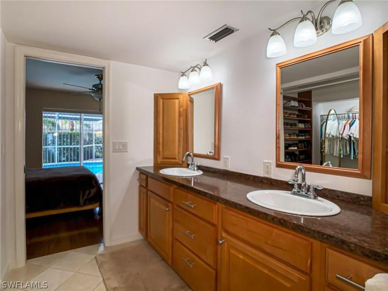 2256 Club House, North Fort Myers, FL, 33917