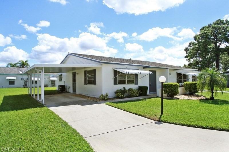 4  Aztec Lily LN, Lehigh Acres, FL 33936-