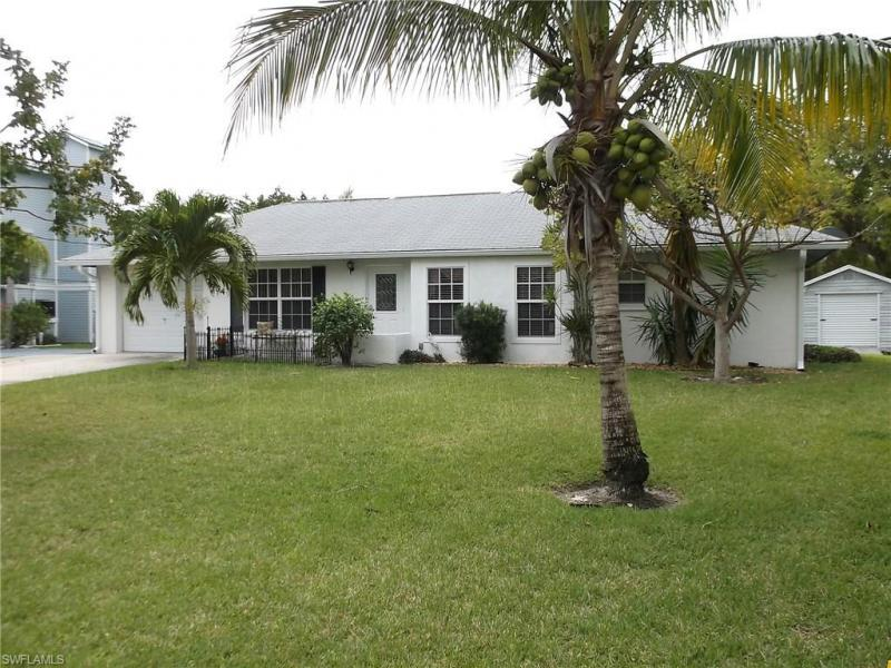 7880 Buccaneer DR, Fort Myers Beach, FL 33931