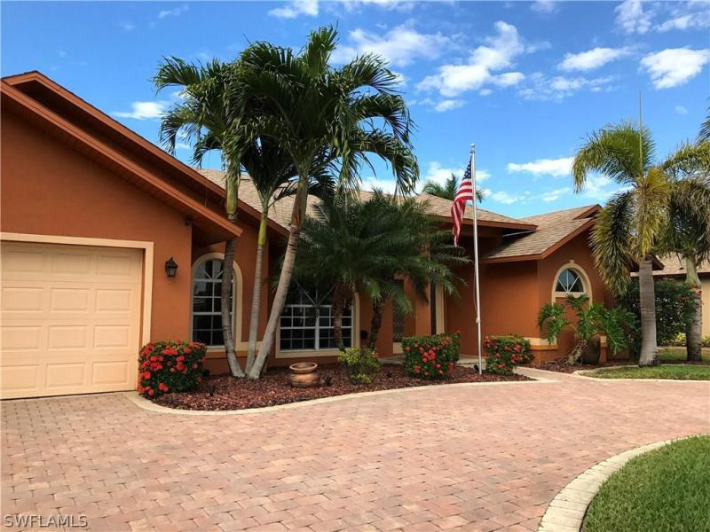 1631 20th ST, Cape Coral, FL 33990