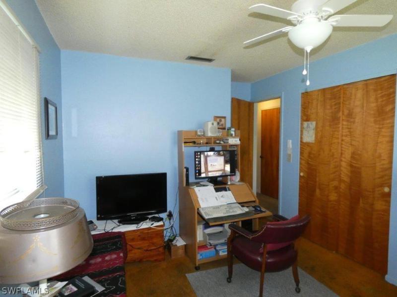 18555  Geranium RD Fort Myers, FL 33967- MLS#218041611 Image 20