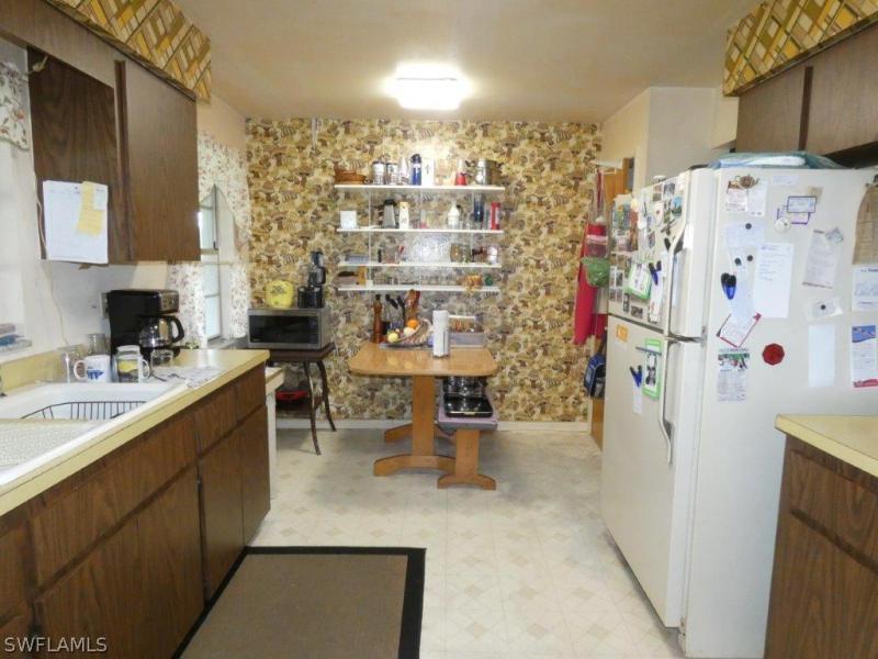 18555  Geranium RD Fort Myers, FL 33967- MLS#218041611 Image 5