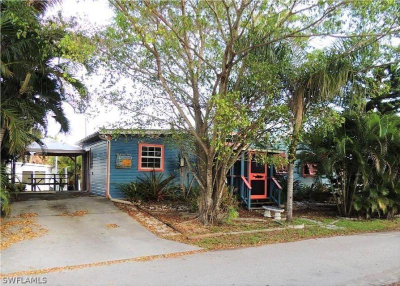 2602  Pine,  Matlacha, FL