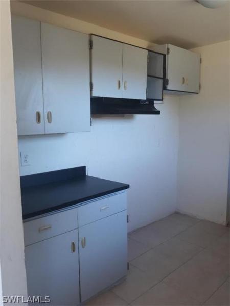 23240  Avenue B  Alva, FL 33920- MLS#220007611 Image 6