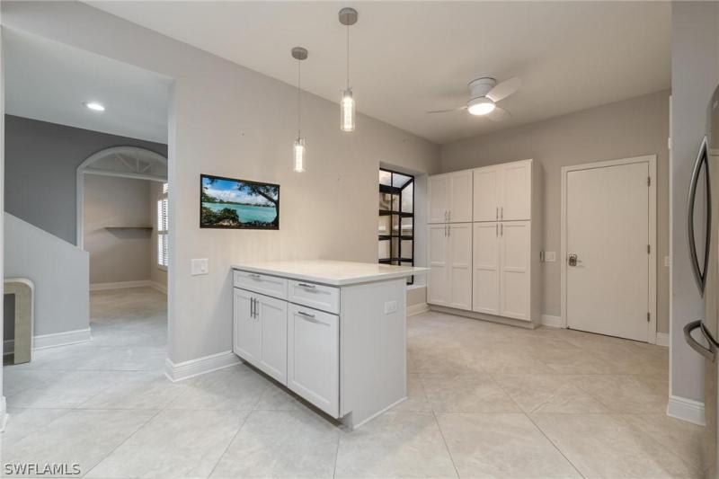 IMAGE 4 FOR MLS #221052011 | 16391 FAIRWAY WOODS DRIVE #205, FORT MYERS, FL 33908