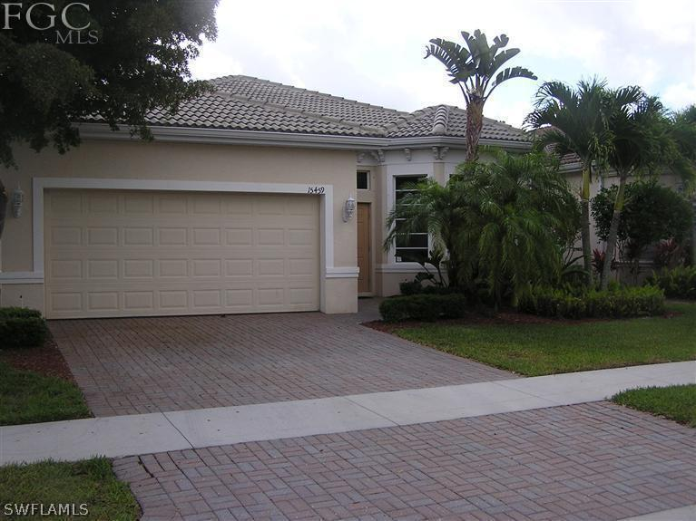 9320  Paseo De Valencia ST, Fort Myers, FL 33908-